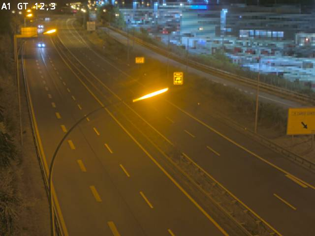 Traffic live webcam Luxembourg Senningerberg - A1 direction Allemagne - BK 12.3