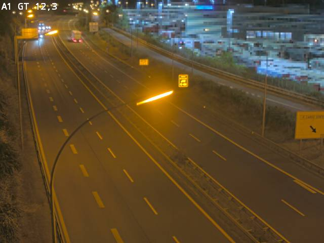 Traffic live webcam Luxembourg Senningerberg - A1 direction Allemagne - BK 12.3