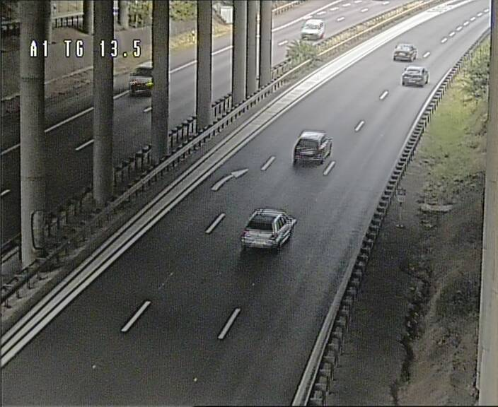 Traffic live webcam Luxembourg Senningen - A1 direction Luxembourg - BK 13.5