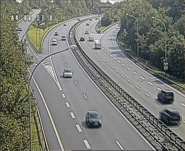 Webcam traffic A4 Luxembourg - BK 3.8 - Leudelange (direction Esch sur Alzette)