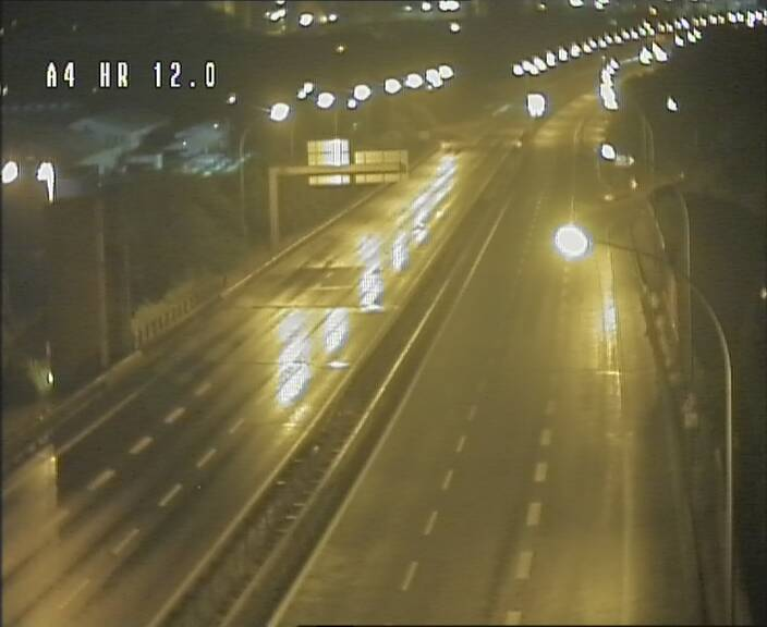 Traffic live webcam Luxembourg Jonction Foetz - A4 - BK 12.0 - direction Esch sur Alzette