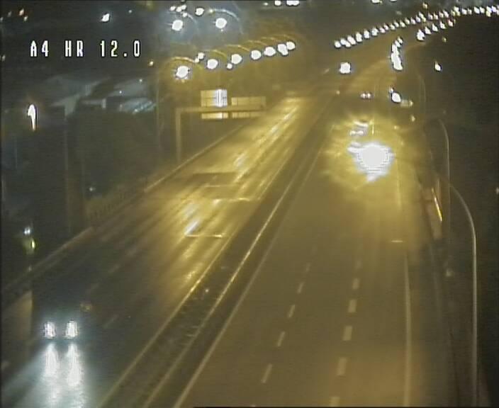 Traffic live webcam Luxembourg Jonction Foetz - A4 - BK 12.0 - direction Esch sur Alzette