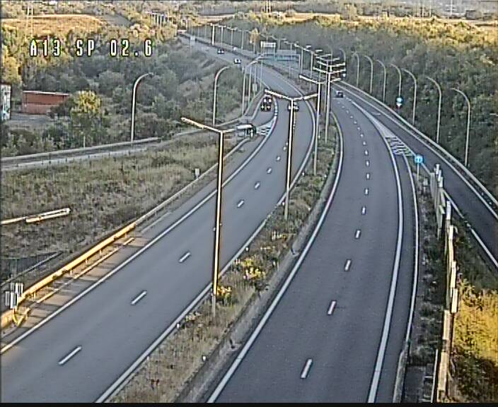 Traffic live webcam Luxembourg Sanem - A13 direction Pétange - BK 2.6