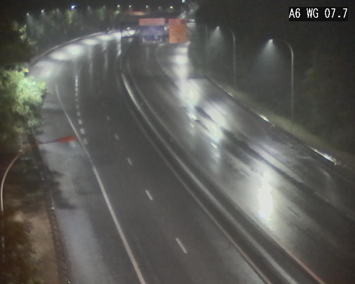 Traffic live webcam Luxembourg - Bridel - A6 - BK 7.7 - direction Belgique