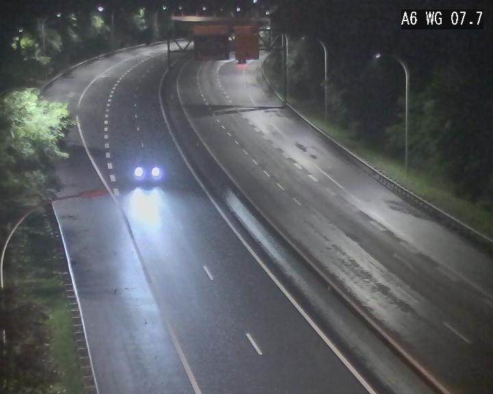 Traffic live webcam Luxembourg - Bridel - A6 - BK 7.7 - direction Belgique