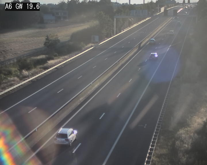 Traffic live webcam Luxembourg - Steinfort - A6 - BK 19.6 - direction Belgique