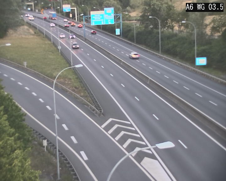 Traffic live webcam Luxembourg - Croix de Cessange - A6 - BK 3.5 - direction France/Allemagne