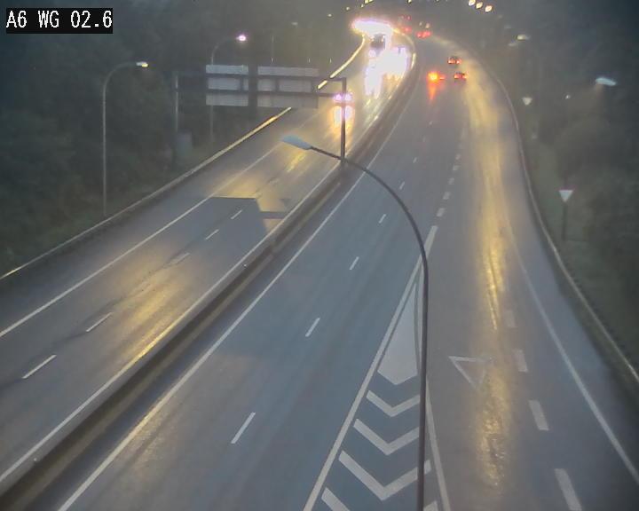 Traffic live webcam Luxembourg Croix de Cessange - A6 - BK 2.6 - direction France/Allemagne