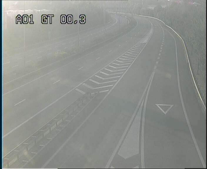 Traffic live webcam Luxembourg Croix de Gasperich - A1 direction Kirchberg - BK 0.3