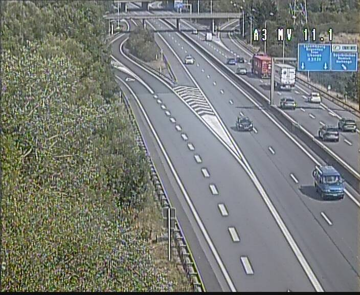 Traffic live webcam Luxembourg Croix de Bettembourg A3 - BK 11.1 - direction Luxembourg-ville