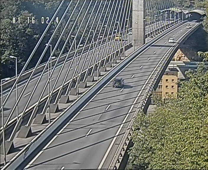 Traffic live webcam Luxembourg Sandweiler - A1 direction Luxembourg-ville - BK 2.4