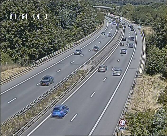 Traffic live webcam Luxembourg Itzig - A1 direction Sandweiler - BK 4.3