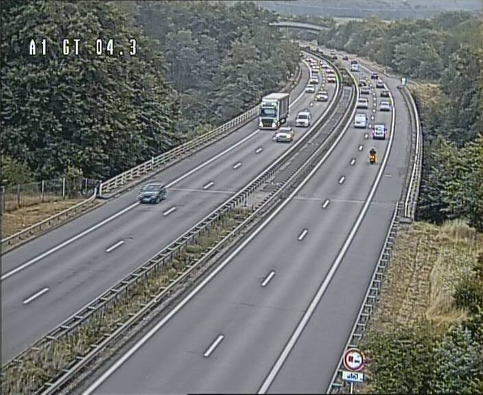 Traffic live webcam Luxembourg Itzig - A1 direction Sandweiler - BK 4.3