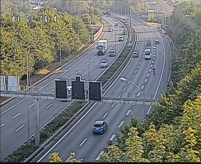 Traffic live webcam Luxembourg Hamm - A1 direction Sandweiler - BK 6.4