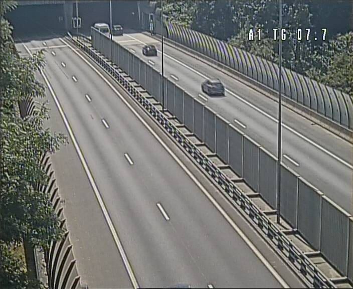 Traffic live webcam Luxembourg Kirchberg - A1 direction Luxembourg-ville - BK 7.7